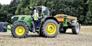Sind Landwirte als Fahrer für eine landwirtschaftliche Abfuhrgemeinschaft selbstständig tätig? - ECOVIS Agrar - Steuerberater, Rechtsanwälte, Unternehmensberater