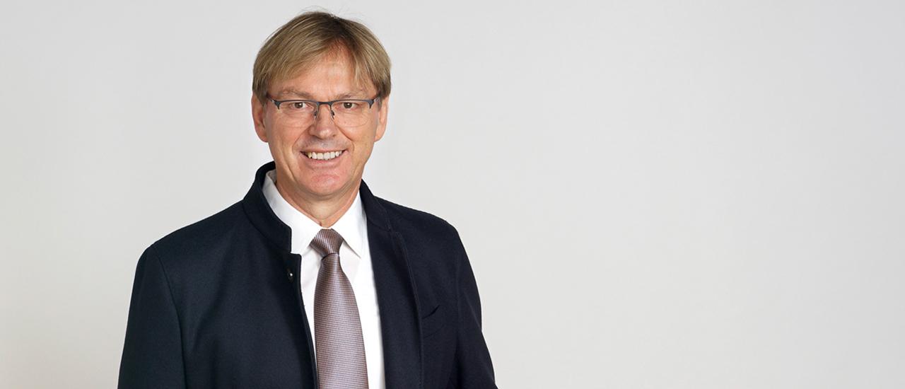 Dr. Berthold Wöppel