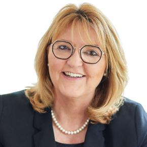 Doris Oesterle