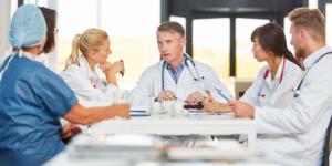 Schutzschirm für Ärzte und Psychotherapeuten konkretisiert - Ecovis Düsseldorf, Köln und Langenfeld