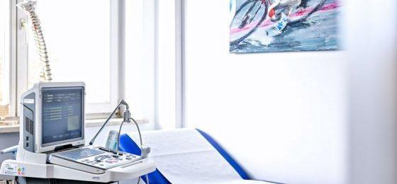 Physiotherapeut ist selbstständig – trotz fremder Praxisräume
