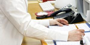 Welche Vorteile bringen nichtärztliche Praxisassistenzen für Ärzte? - Gesundheitswesen
