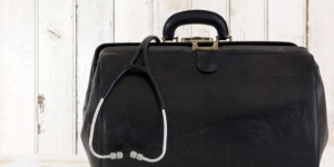 BFH erlaubt keine Umsatzsteuerbefreiung für MDK-Gutachtertätigkeit von Selbstständigen - Gesundheitswesen