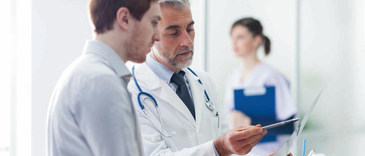 MoPeg: Mit einer GmbH & Co. KG genießen Ärzte ab 2024 umfassend Haftungsausschluss