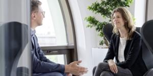 Krankheitsbedingte Kündigung und betriebliches Eingliederungsmanagement: Mitarbeiter dürfen Vertrauensperson in den Prozess einbinden - Ecovis Rechtsanwälte