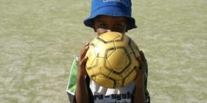 Neuer Sportplatz für iThemba Labantu, Südafrika - Ecovis & friends Stiftung