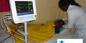 Neues Medizinisches Gerät: action medeor e.V. - Ecovis & friends Stiftung